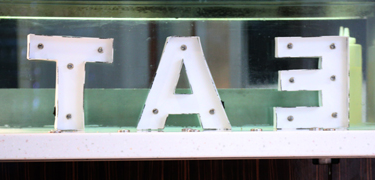 An 'eat' sign